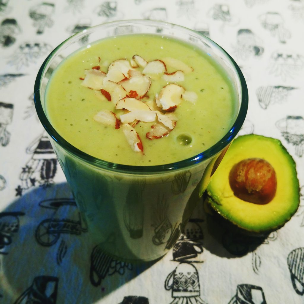 Banana, avocado, matcha smoothie